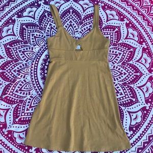 NWOT ✨ Yellow RVCA Dress